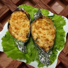 Картофель запечённый с ветчиной и сыром