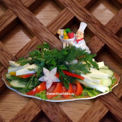 Овощной букет с сыром